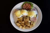 eggs benedict hollandaise sauce best brunch