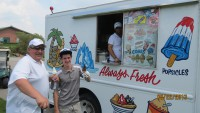 golfers enjoying refreshing ice cream charity golf