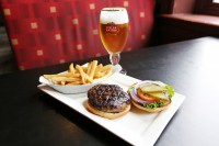 burger beer monday value special
