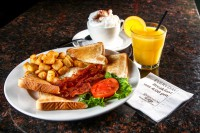 best breakfast menu Mississauga