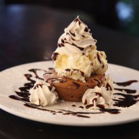 ice cream cookie dessert