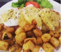 eggs benedict brie cheese