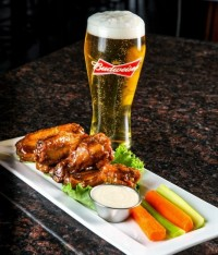 wings and beer feature late night