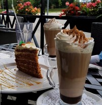 place for coffee dessert near me