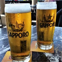 sapporo sleeman beer draft draught