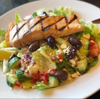 seafood entree salmon salad healthy options