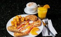 bacon and eggs breakfast special milton