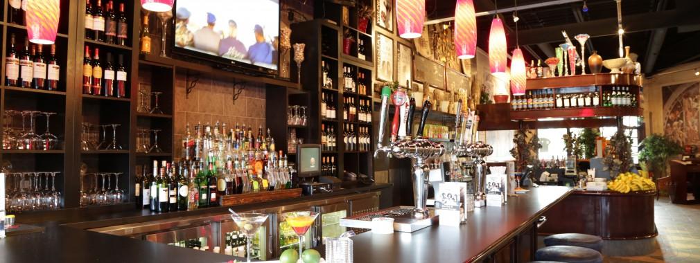 cambridge ontario restaurant full bar martinis cocktails beer