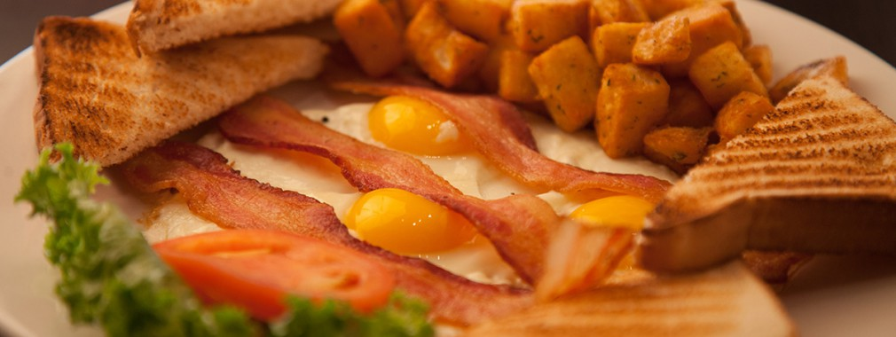 best breakfast brunch bacon eggs aurora ontario