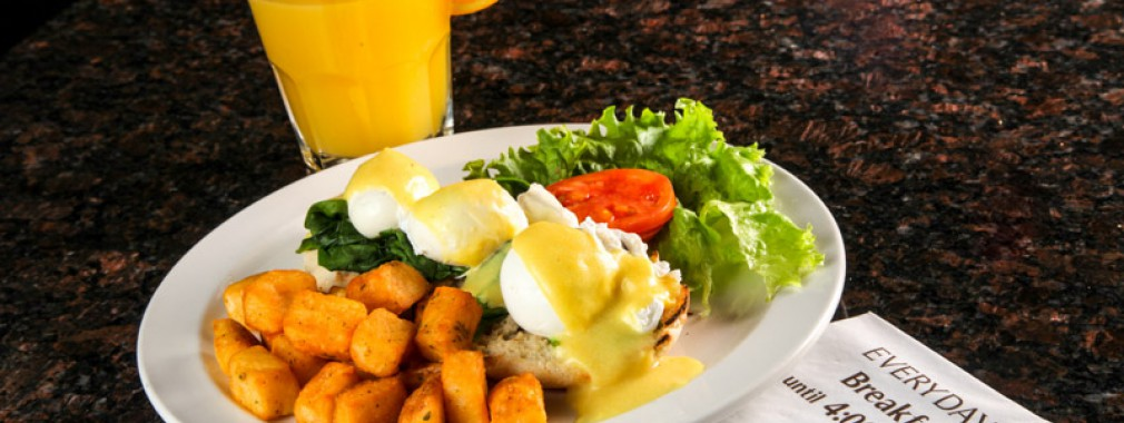 best eggs benedict breakfast brunch fresh juice milton restaurant