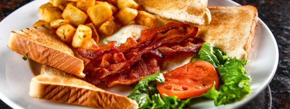 best breakfast bacon eggs family brunch meadowvale restaurant