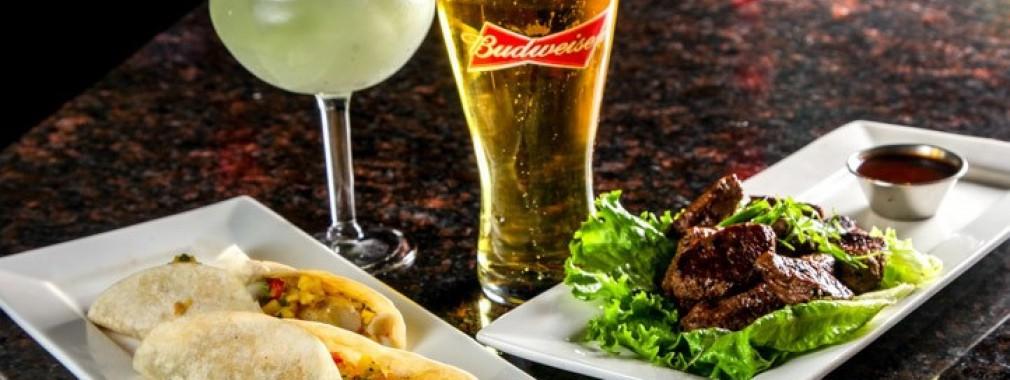 great-restaurant-fish-tacos-&-steak-bites-appetizers